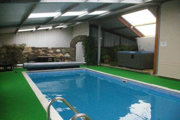 Morlogws Farm Holidays - Swimming Pool